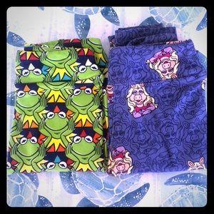 Lularoe Kermit and Miss Piggy legging set